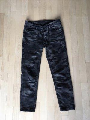 Jeans in Camouflage Optik sportlich elegant