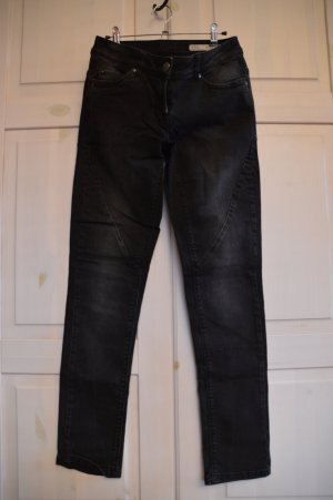 Jeans in dunkelgrau