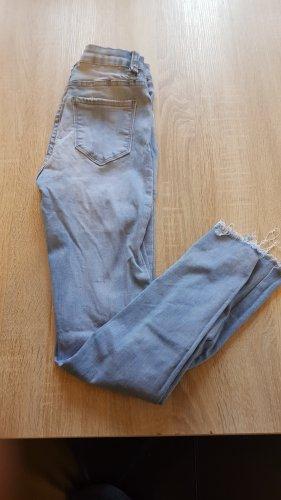 Jeans in Gr. 36 von Laura