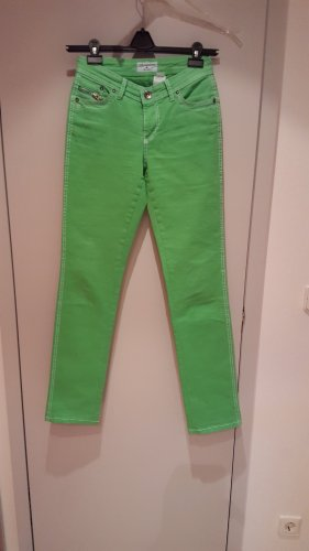 Jeans in tollem Grünton