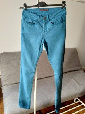 Jeans in Zigarettenform mit Pfirsichhauteffekt