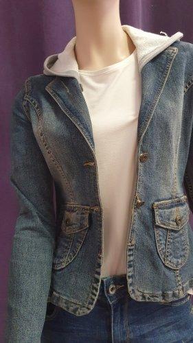 Jeans Jacke mit abnehmbare Kapuze