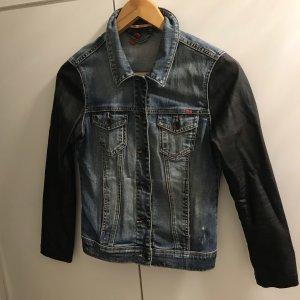 Jeans Jacke mit Leder Applikationen