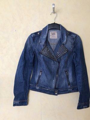 Jeans Jacke mit Nieten Zara