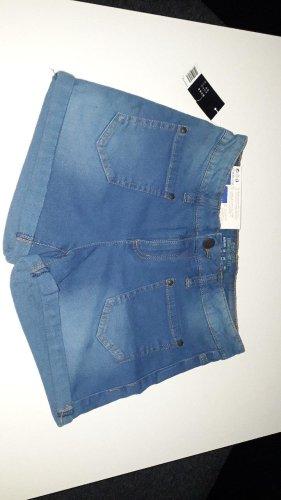 Jeans kurz Größe 38 **NEU**