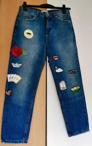 Jeans mit Applikationen von Pull&Bear