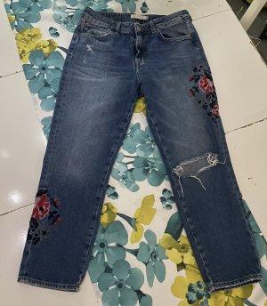 Jeans mit Blumenstickerei von H&M L.o.g.g. Gr.40