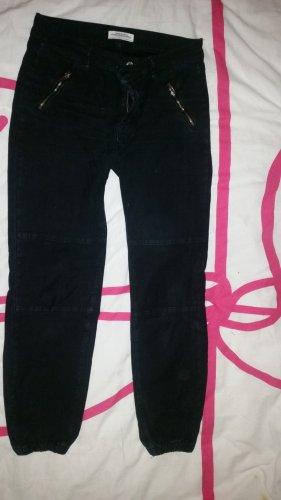 Jeans mit Bund