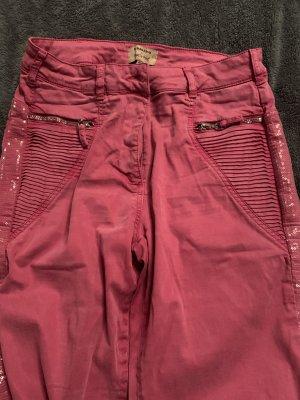 Jeans mit gallon Streifen