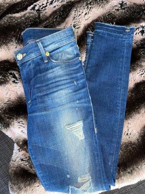 Jeans mit Löchern von True Religion