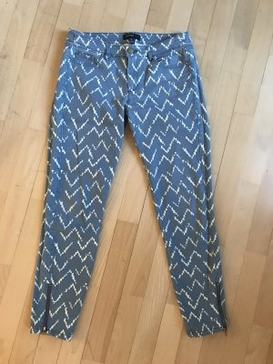 Jeans mit Musterprint