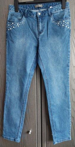 Jeans mit Perlen/Strasssteinapplikation