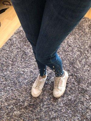 Jeans mit Perlen XS von Zara