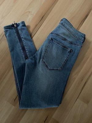 Jeans mit Reißverschluss