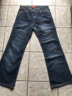 Jeans mit Schlag von Zagora 32/34