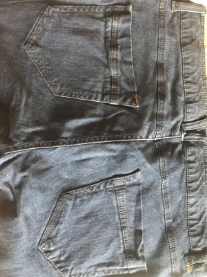 Jeans mit Seiten details