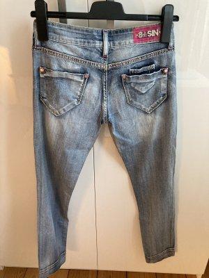 Jeans mit Swarovski Steine