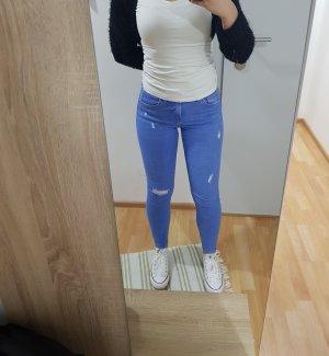 Bershka Pantalón boyfriend azul neón