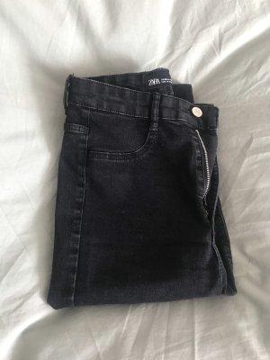 Jeans NEU
