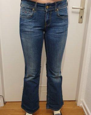 Jeans Neu w28/l30