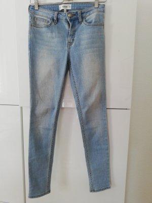 Jeans Olivia Mango hellblau schlicht bürotauglich Größe S 36