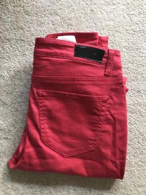 Vero Moda Jeans cigarette rose-rouge framboise