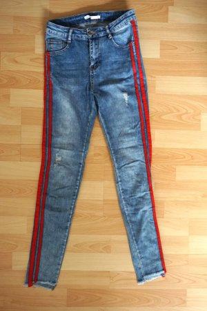 Jeans / rote Streifen / Mid Waist