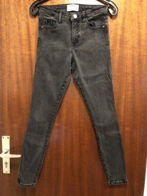 Jeans schwarz, Gr. 38, Denim