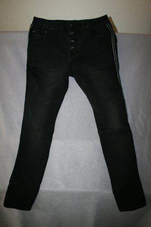 Jeans schwarz mit Gallonstreifen in schwarz von Place du Jour