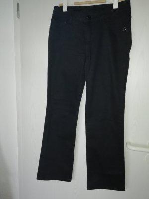Jeans schwarz mit schwarzen Steinen auf Hintertaschen