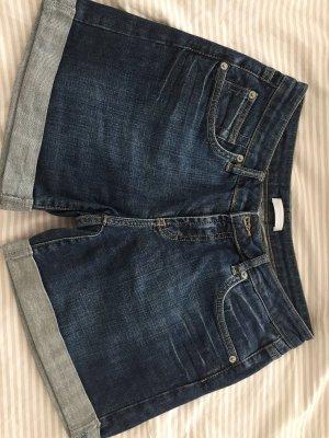 Jeans-Short in Größe 38