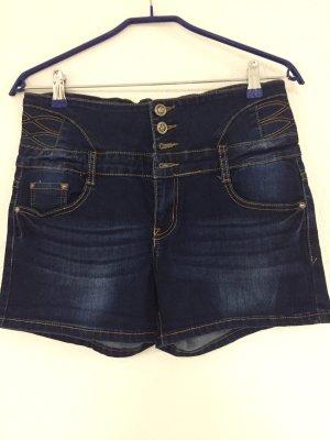 Pantalón corto de tela vaquera azul oscuro