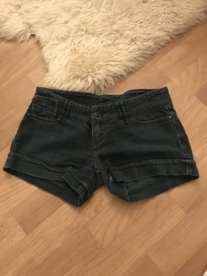 Jeans Shorts Kurze Hosen von Bershka