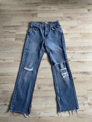 Pull & Bear Jeansy z prostymi nogawkami chabrowy