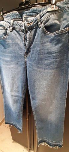 jeans straight regular / Fällt kleiner aus