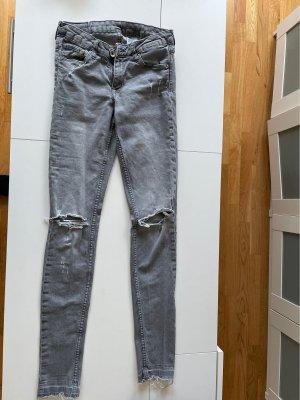 Jeans Stretch H&M 27/32 grau ripped