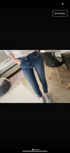 Jeans Stretch mit Glanzstreifen auf der Seite