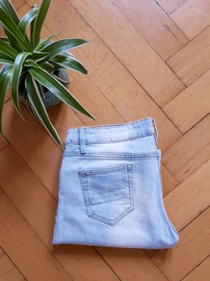 Jeans Tapered Fit Ripped