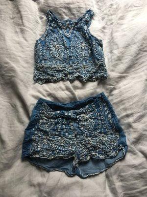 Jeans Twin set lochmuster Festival Shorts high waist bauchfreies top blau hot pants bauchfrei Hippie Blogger Trend boho chic