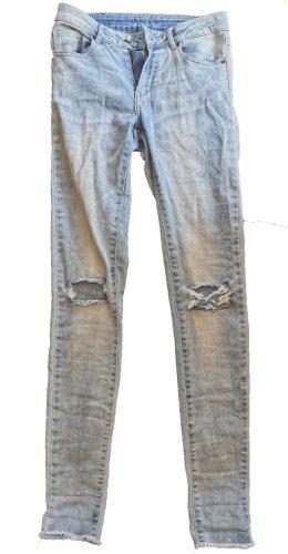 Jeans Vila hellblau 2 Löcher Knie Größe 34  XS  Skinny