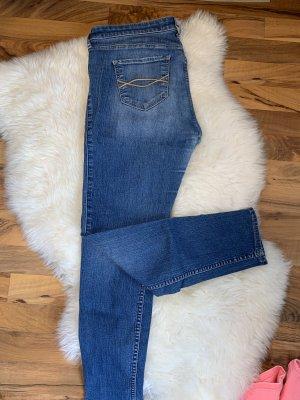 Abercrombie & Fitch Pantalon cigarette bleu foncé