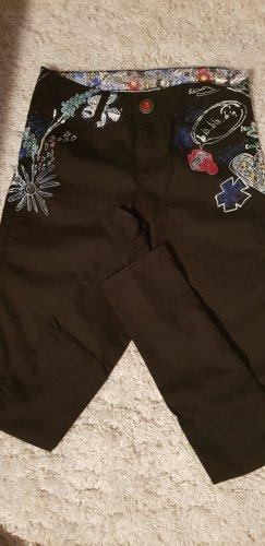 Jeans von Desigual ‼️Urlaub vom 20.06-19.07. ‼️