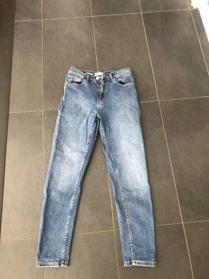 Jeans von Mango im Mom Style