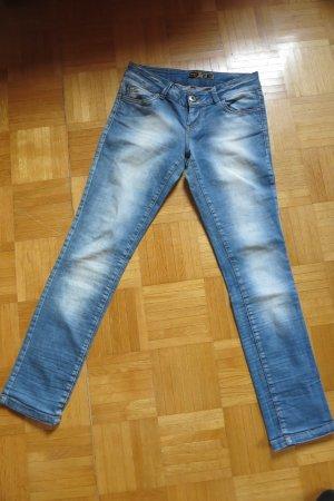 Jeans von Only mit cooler Waschung Gr. 29/32