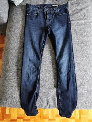 Review Pantalón de tubo azul oscuro