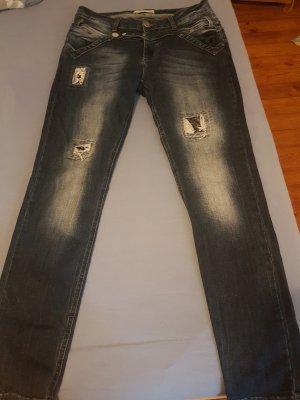 Jeans von Tredi