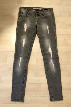 Jeans Zara 34/XS grau destroyed Skinny Hose