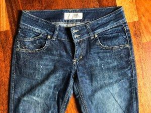 Jeans Zara TRF Gr.36