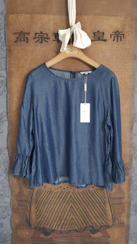Jeansblaue, neue Bluse aus Lyocell.