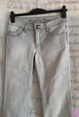 jeanshose hell
